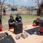 Pompiers purifiant de l'eau avec valise Aqualink UF de Sunwaterlife à St Martin