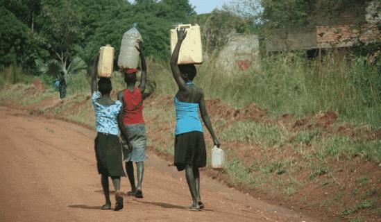 améliorer le niveau de vie meilleur accès à l'eau potable Afrique Asie